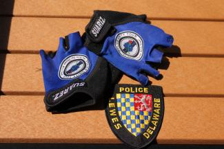 Futcher's gloves and patch